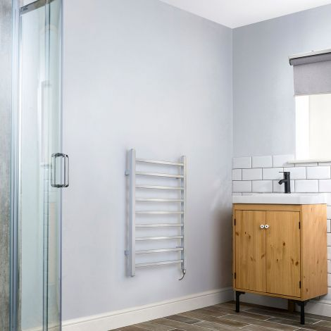 Cube Chrome Square Bars Short Ladder Electric Towel Rail - 800mm high x 500mm wide