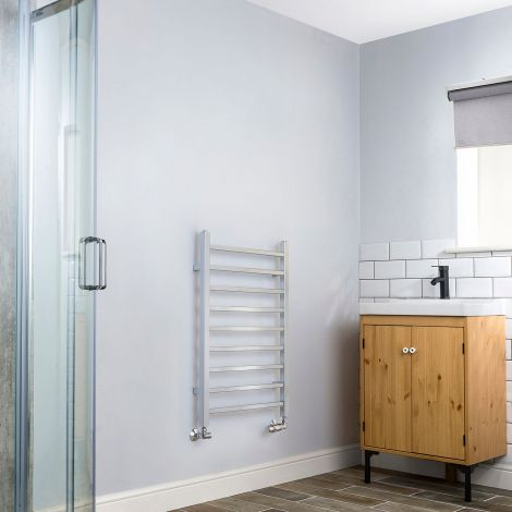 Cube Chrome Square Bars Short Ladder Heated Towel Rail - 800mm high x 500mm wide