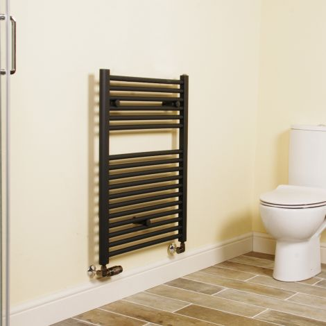 Anthracite Straight Ladder Short Heated Towel Rail 800mm high x 600mm wide